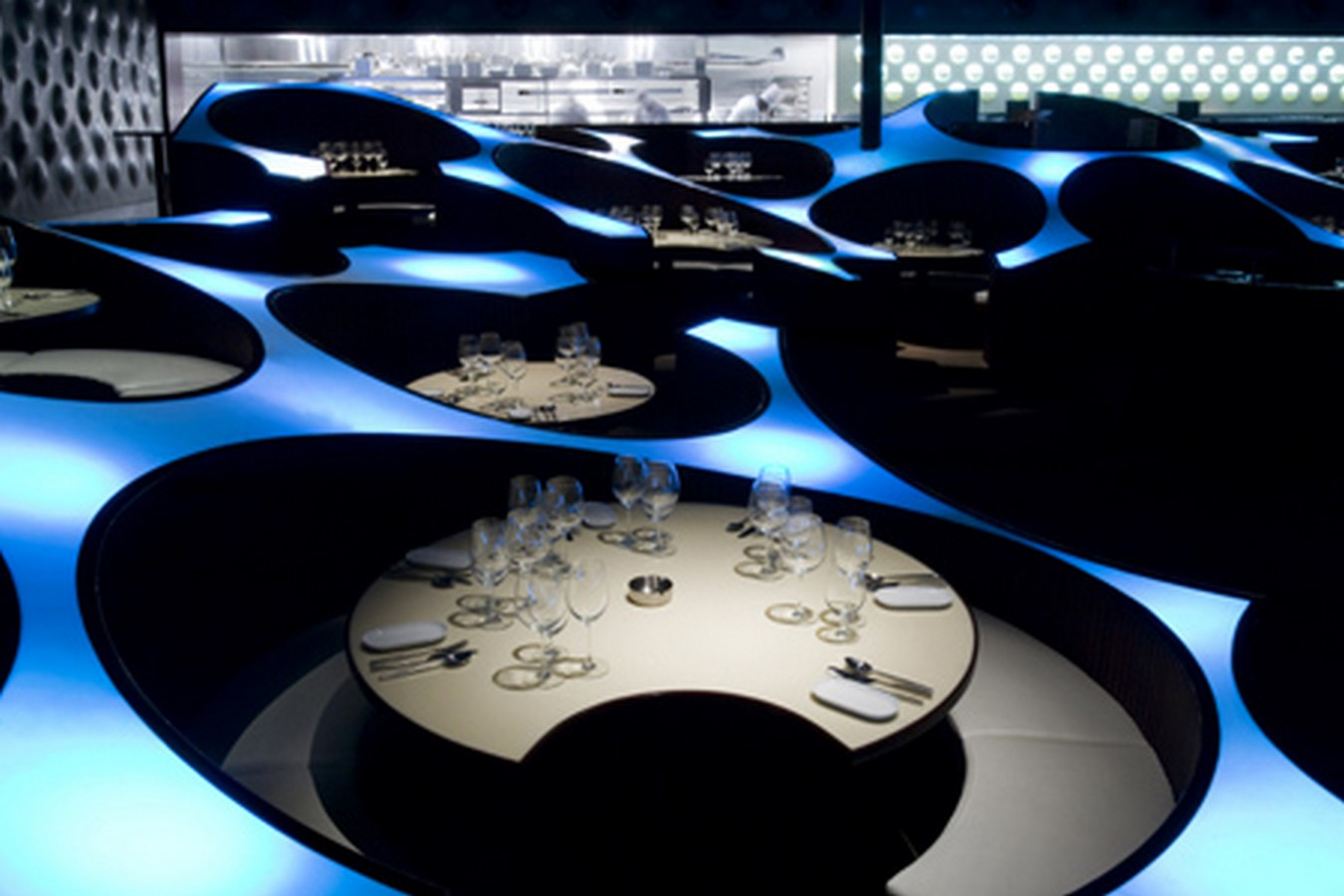 The Blue Frog Acoustic Lounge by Serie Architects: A cellular organization of circles - Sheet1