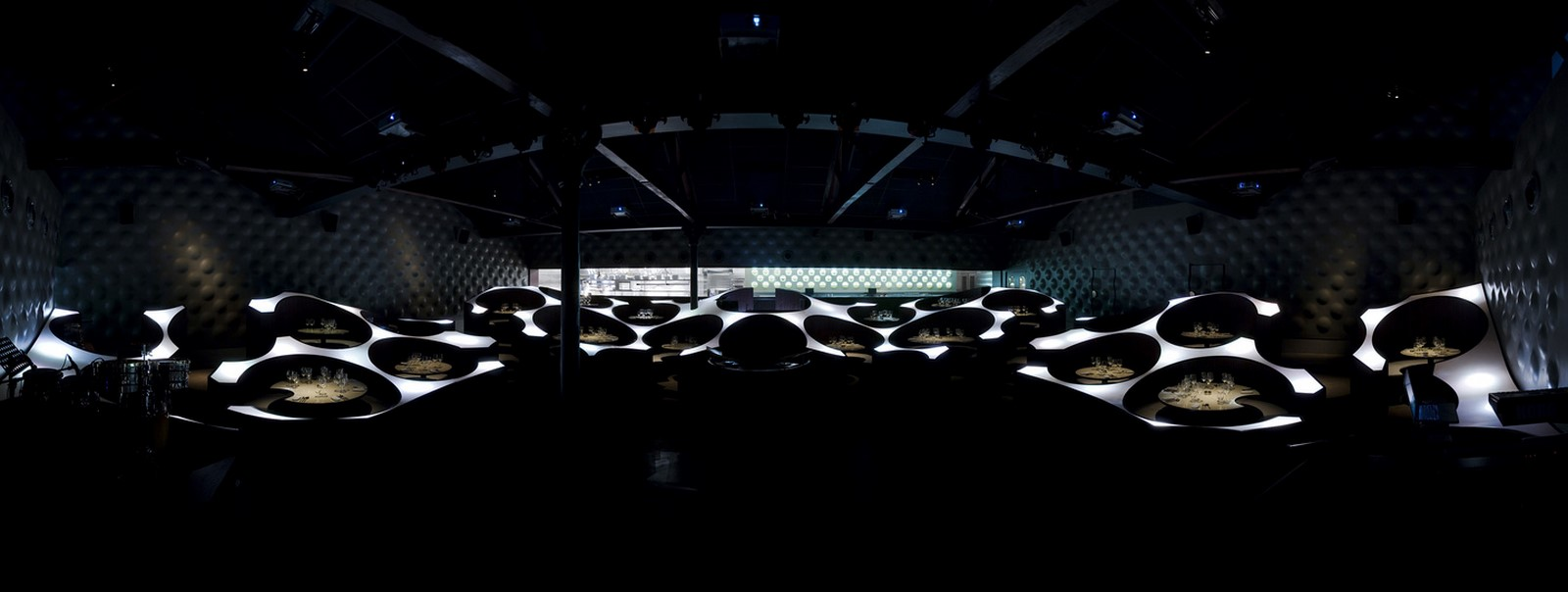 The Blue Frog Acoustic Lounge by Serie Architects: A cellular organization of circles - Sheet2