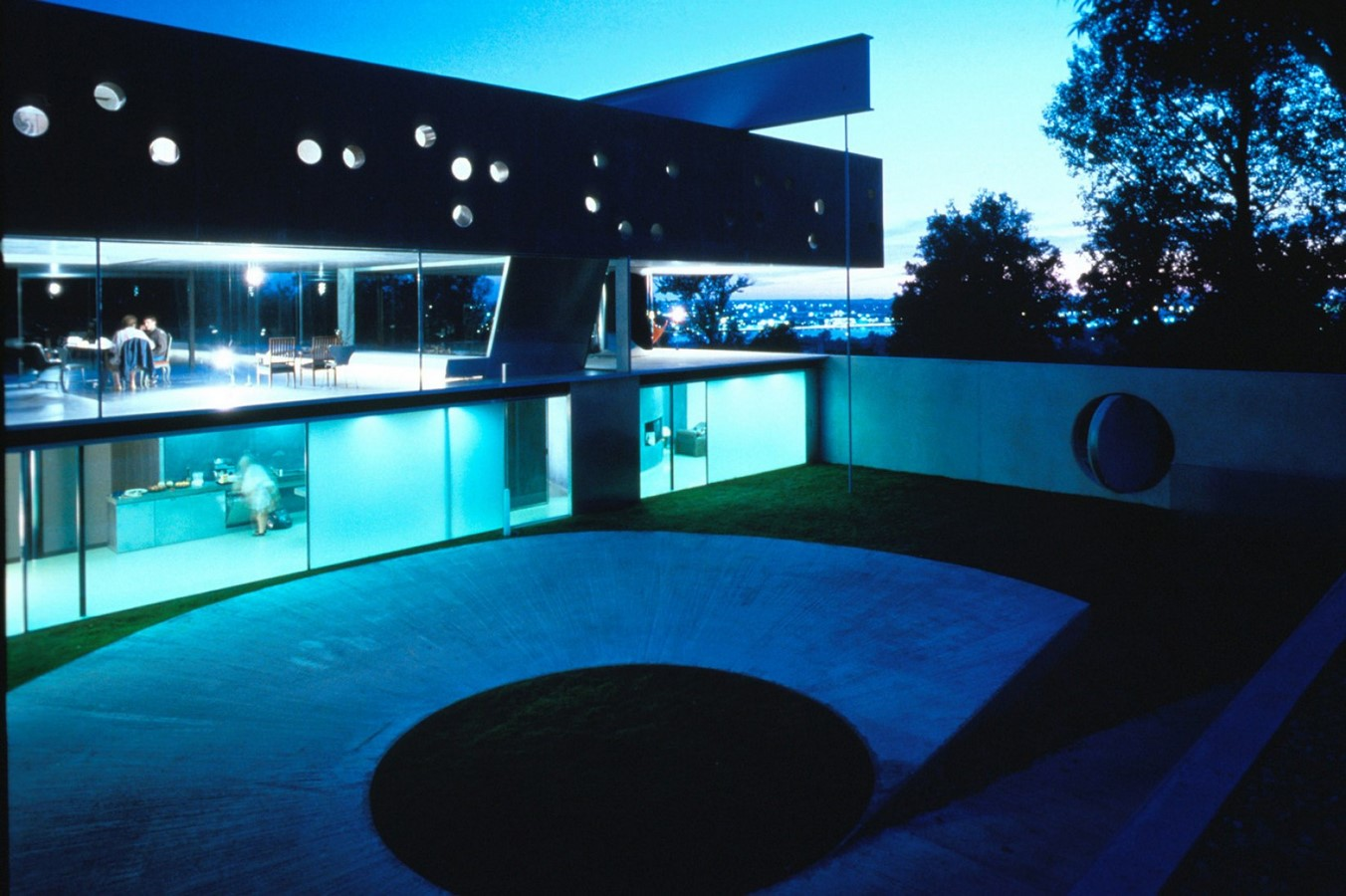 Maison Bordeaux by Rem Koolhaas: The living house - Sheet8