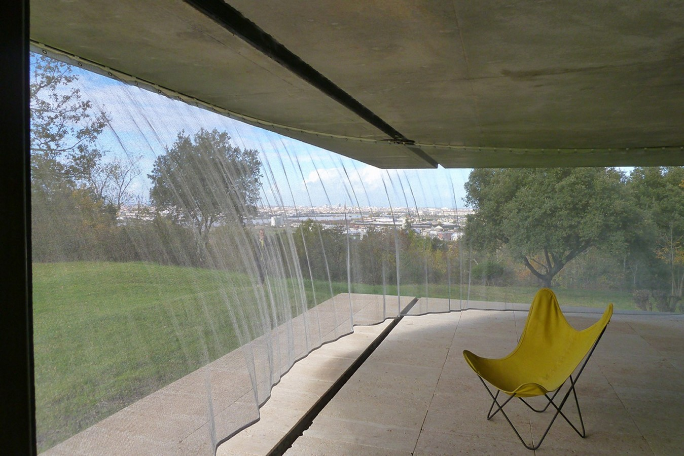 Maison Bordeaux by Rem Koolhaas: The living house - Sheet9