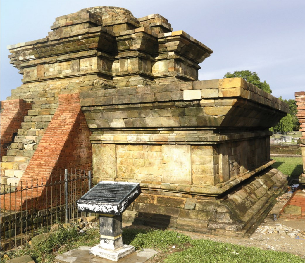 The Architectural Heritage of Indonesia - Sheet10