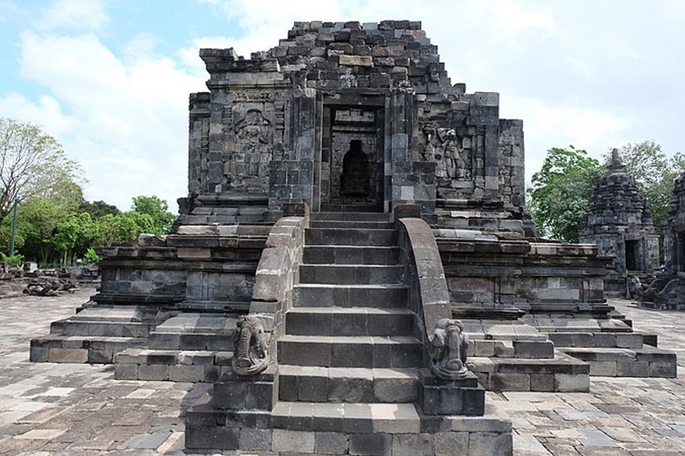 The Architectural Heritage of Indonesia - Sheet5
