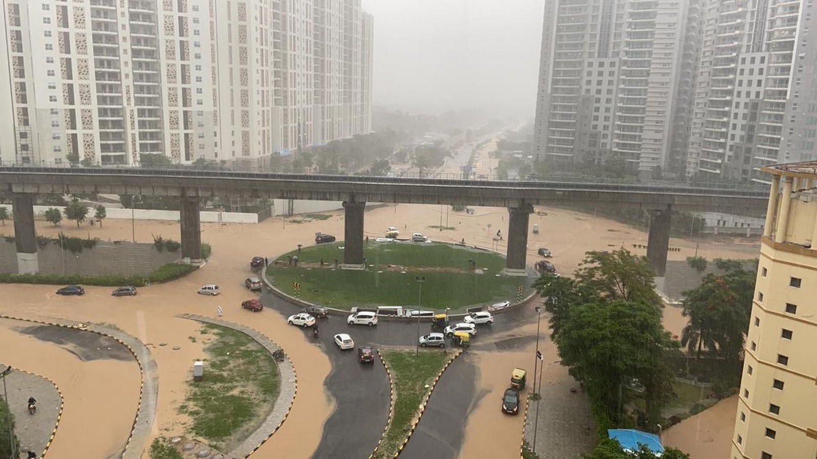 Gurgaon Architecture - An inspiration from New York? - Sheet