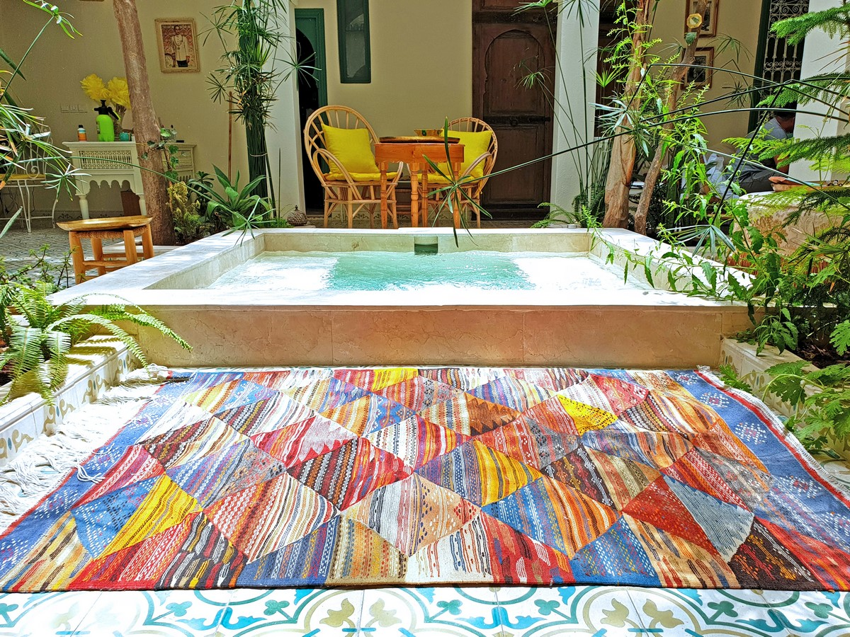 10 Ways to style rugs in your home! - Sheet23