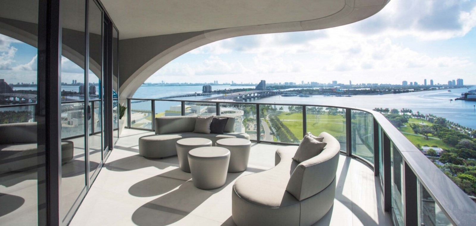 One Thousand Museum by Zaha Hadid: The luxurious condominium of Miami - Sheet11