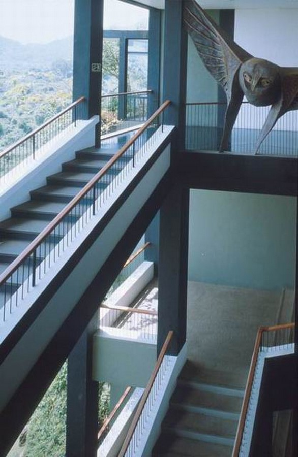 10 Staircases designed by Geoffrey Bawa - Sheet6