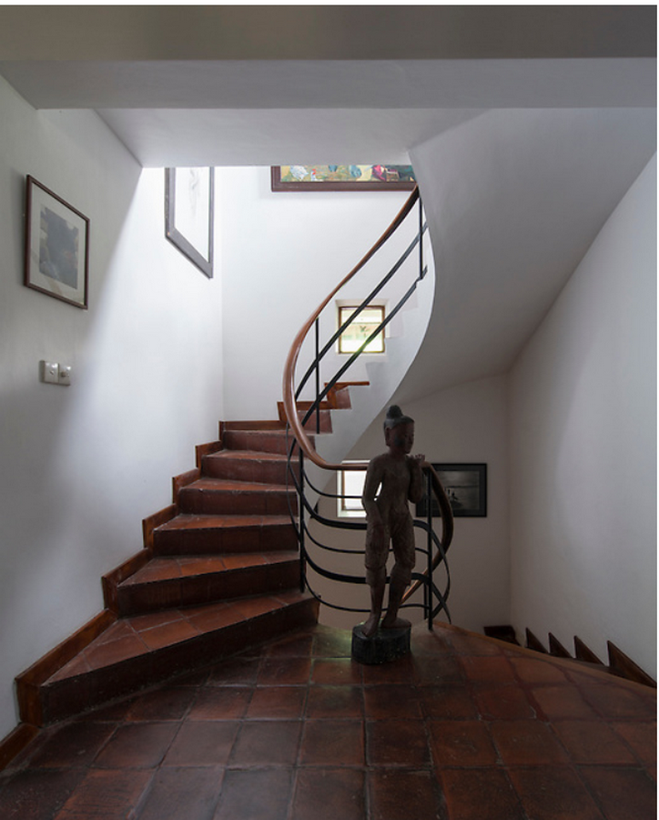10 Staircases designed by Geoffrey Bawa - Sheet13