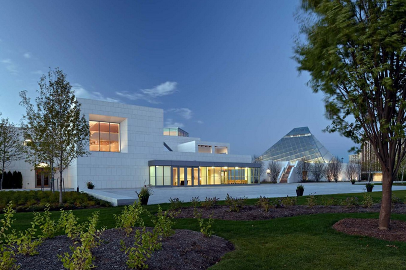The Ismaili Centre by Charles Correa: Harmonizing Spiritual, Artistic and Natural world - Sheet7