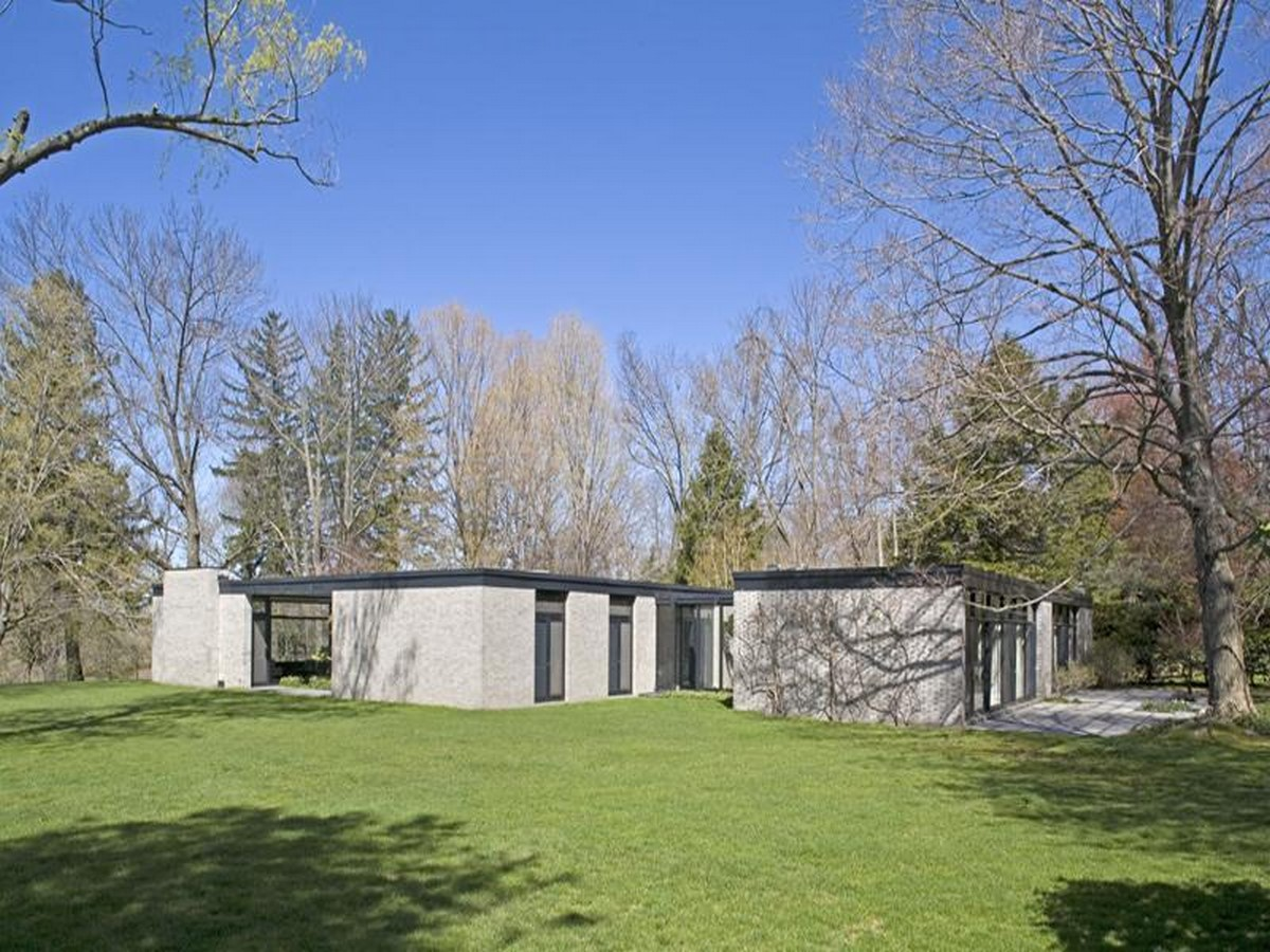 Philip Johnsons Glass House: Inaugrating the Pritzker - Sheet10