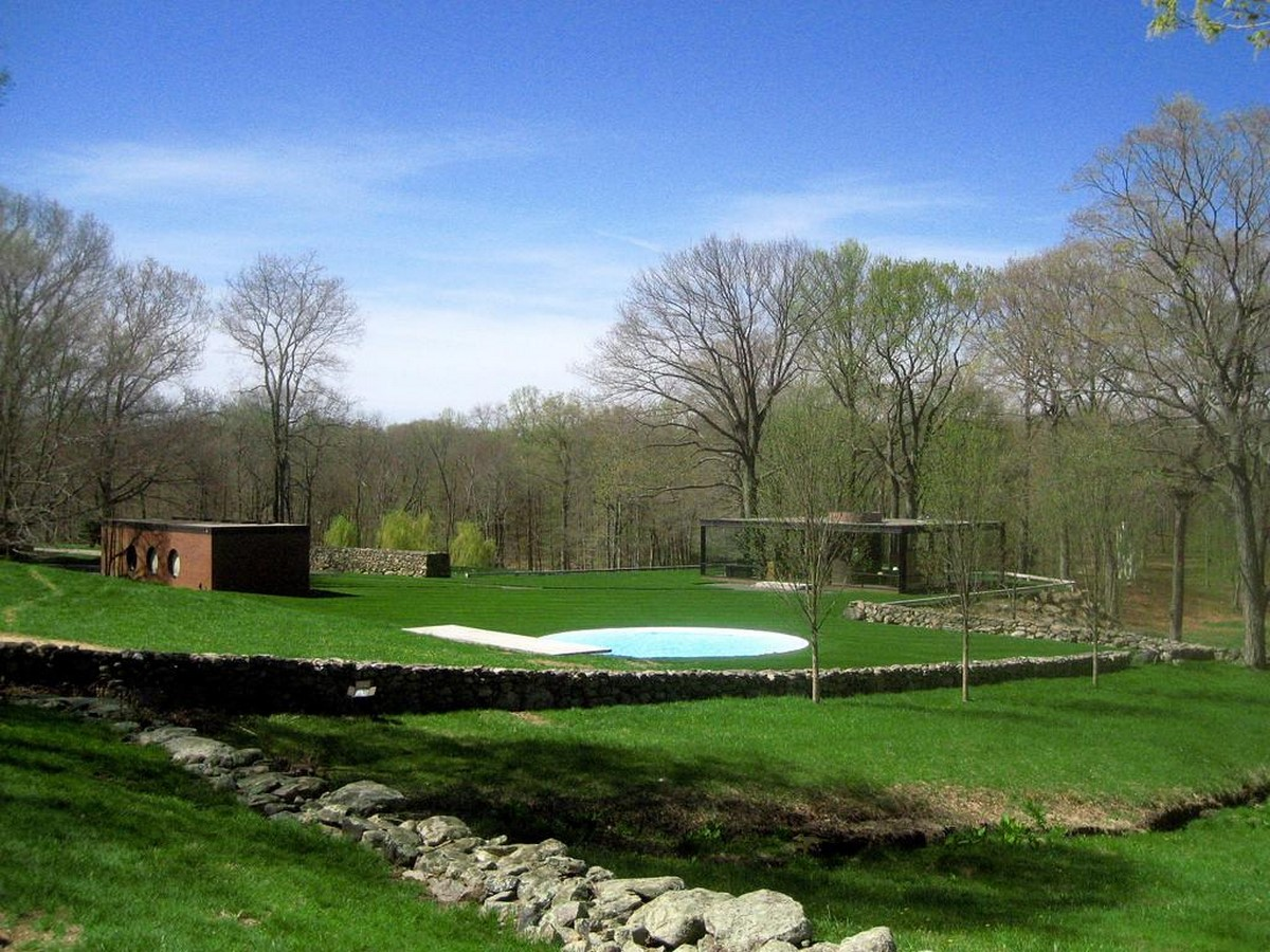 Philip Johnsons Glass House: Inaugrating the Pritzker - Sheet4
