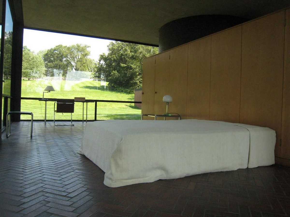 Philip Johnsons Glass House: Inaugrating the Pritzker - Sheet5