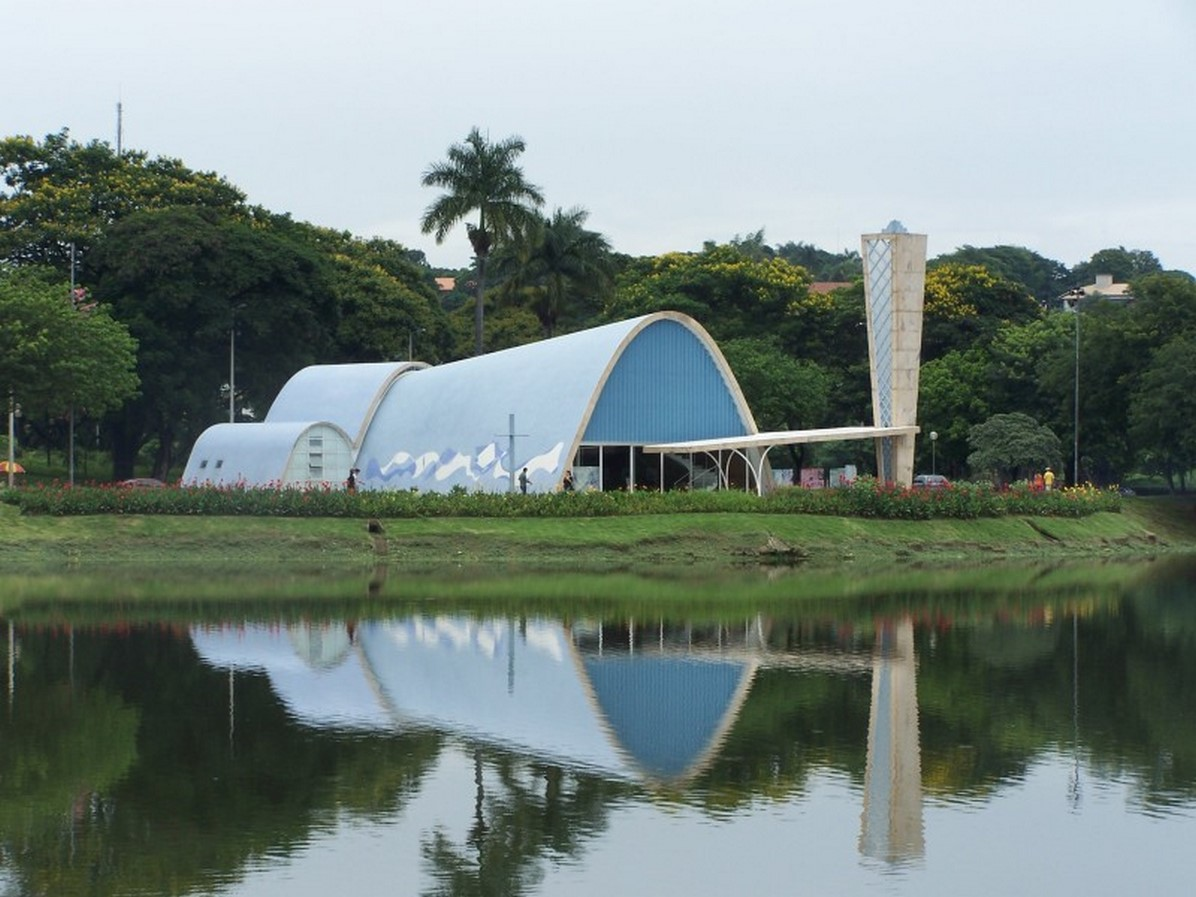 Church of Saint Francis of Assisi by Oscar Niemeyer: A Scandal in city's conservative culture - Sheet2