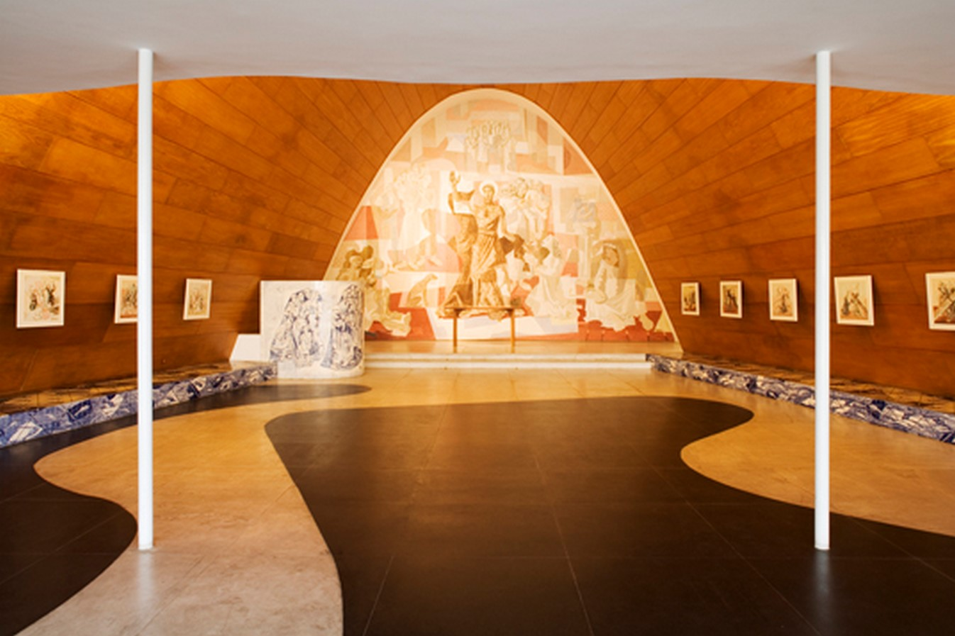 Church of Saint Francis of Assisi by Oscar Niemeyer: A Scandal in city's conservative culture - Sheet5
