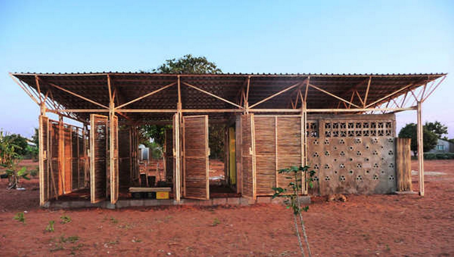 Educational Building In Mozambique / Master students of Bergen School of Architecture - sheet1