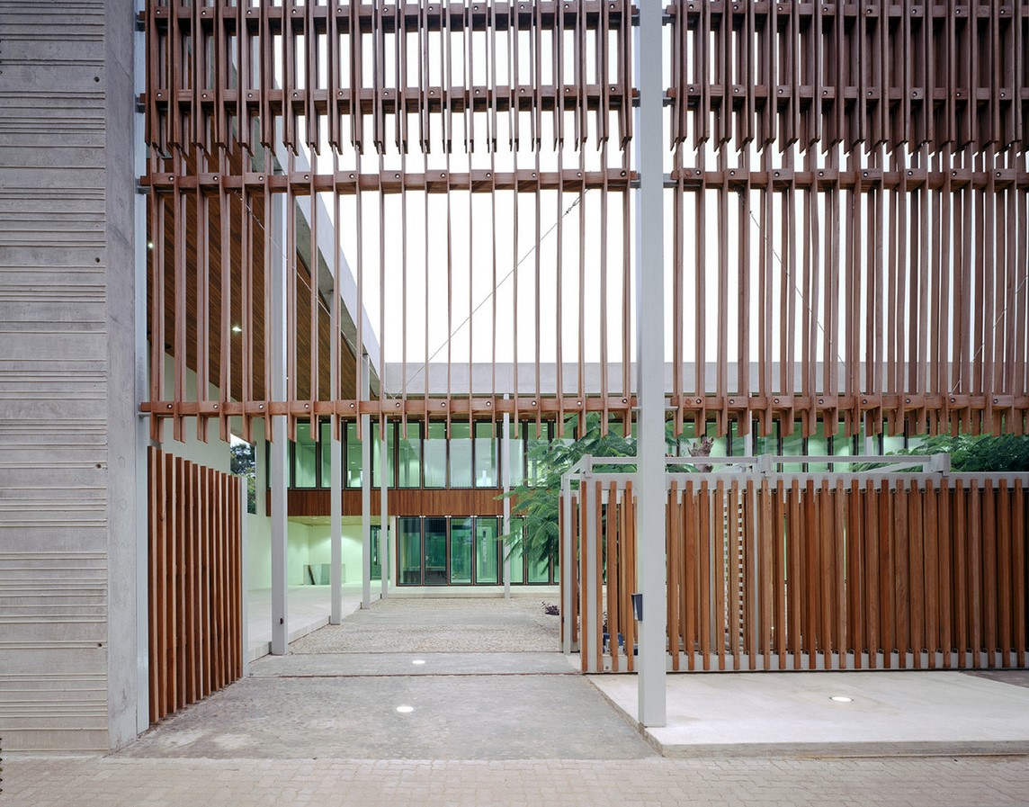 Netherlands Embassy in Mozambique / Kaan Architecten - sheet3