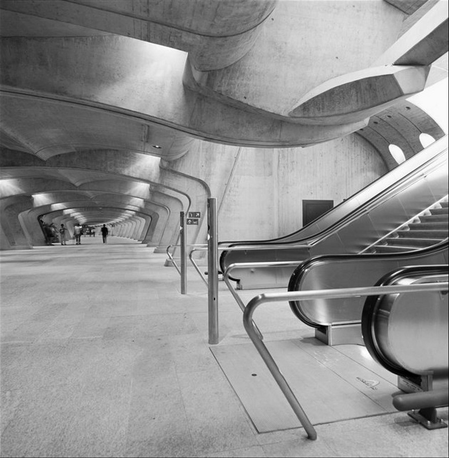Zürich Stadelhofen Railway Station by Santiago Calatrava: Redefining the existing - Sheet9