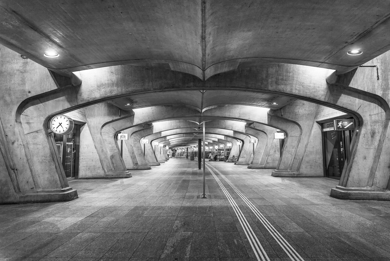 Zürich Stadelhofen Railway Station by Santiago Calatrava: Redefining the existing - Sheet11