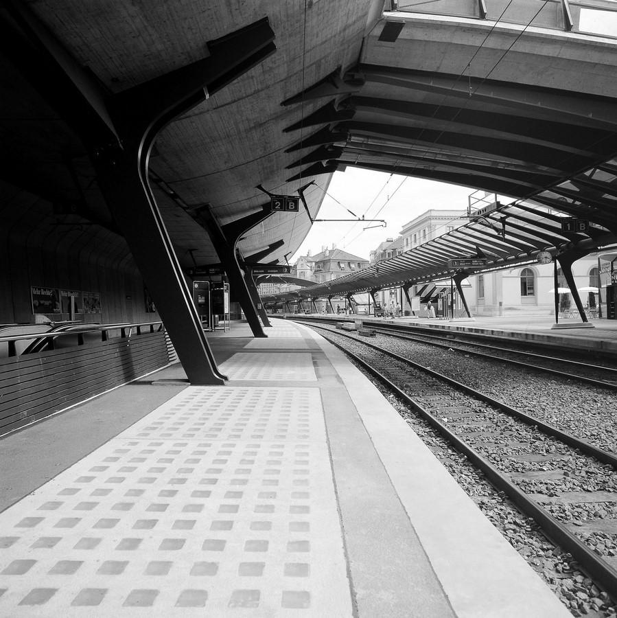 Zürich Stadelhofen Railway Station by Santiago Calatrava: Redefining the existing - Sheet16
