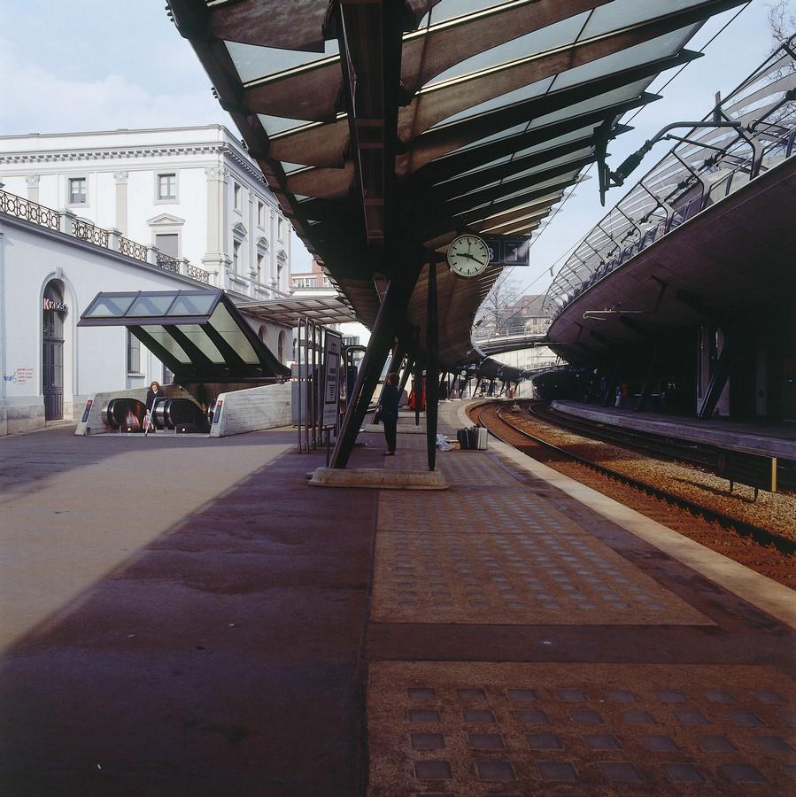 Zürich Stadelhofen Railway Station by Santiago Calatrava: Redefining the existing - Sheet17