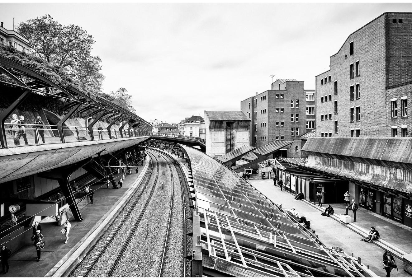 Zürich Stadelhofen Railway Station by Santiago Calatrava: Redefining the existing - Sheet23