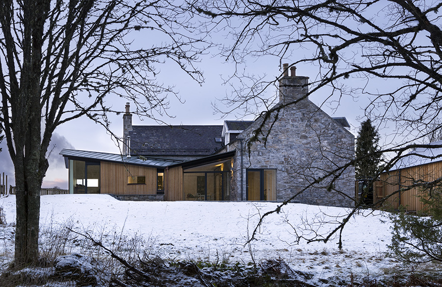 Cairngorm Cottage By WT Architecture