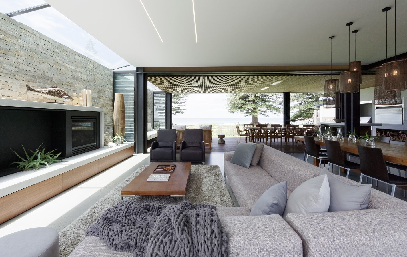 BEACH HOUSE by Architecture Saville Isaacs - Sheet1