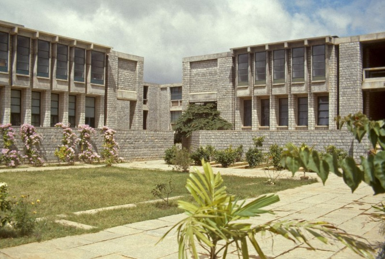 IIM, Bangalore by BV Doshi: perfect sense of scale, proportion and light - Sheet1