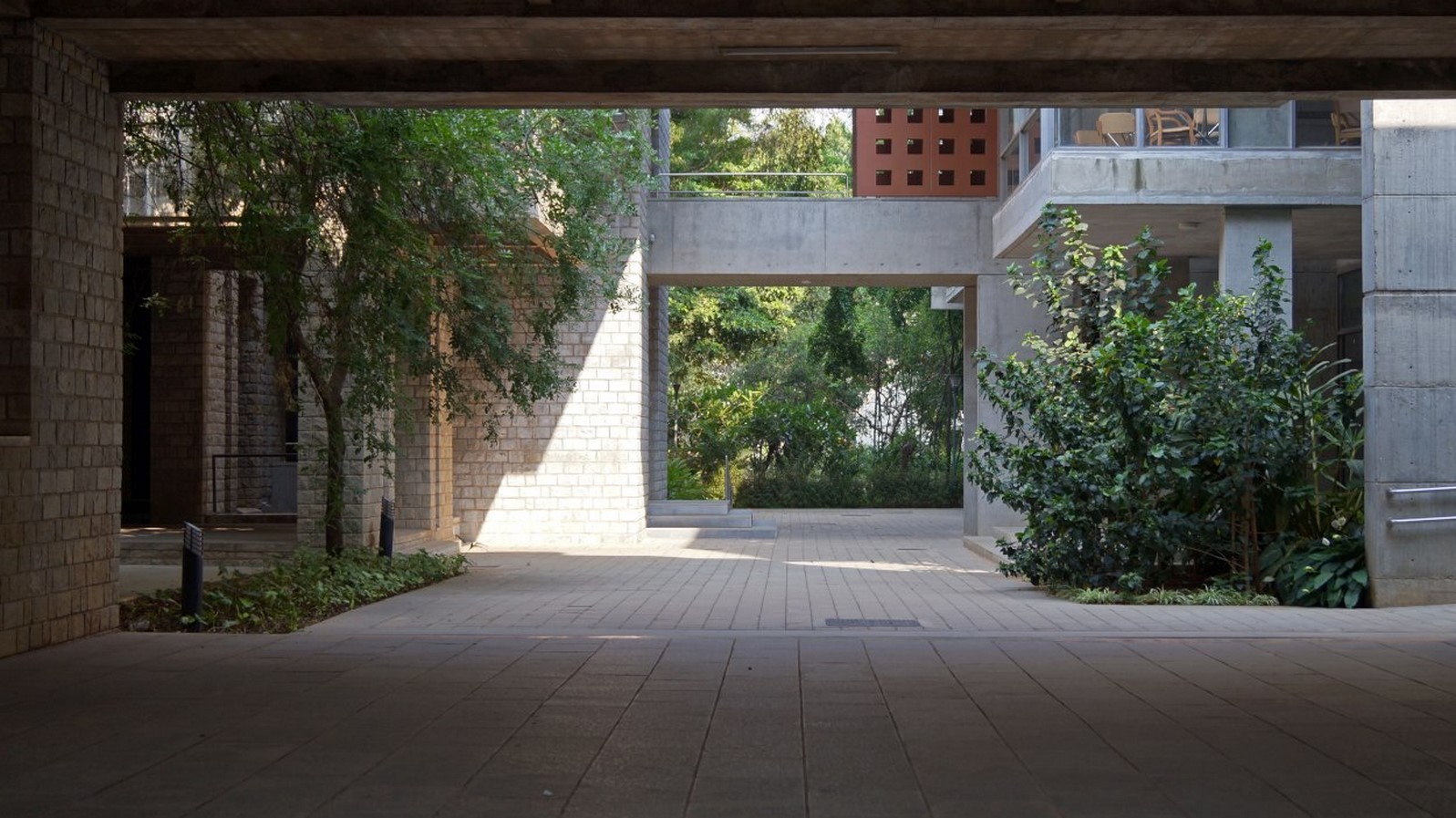 IIM, Bangalore by BV Doshi: perfect sense of scale, proportion and light - Sheet5