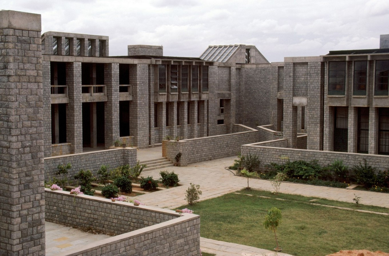 IIM, Bangalore by BV Doshi: perfect sense of scale, proportion and light - Sheet6