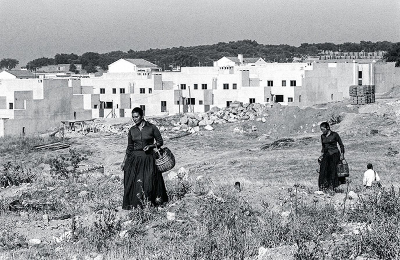 The Malagueira Housing Project, Alvaro Siza, 1977 - Sheet3