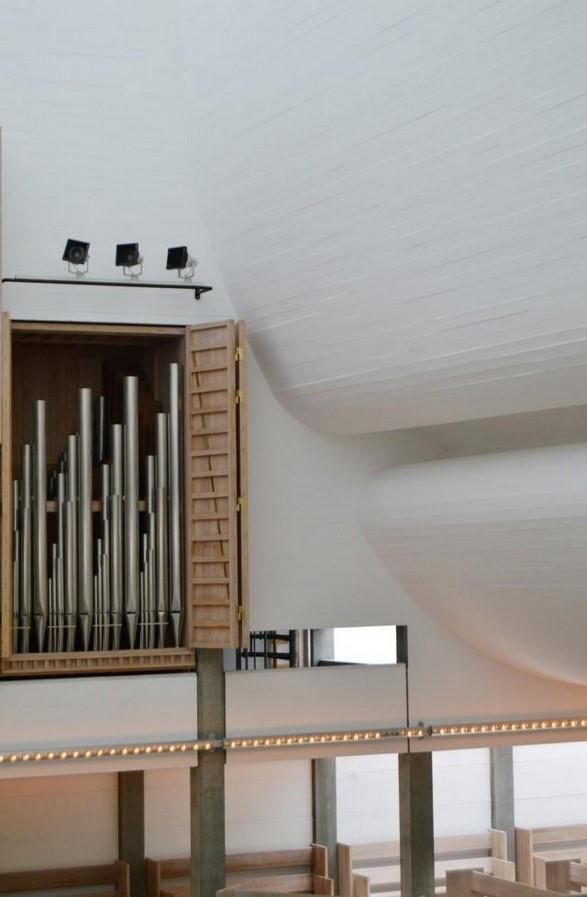 Bagsværd Church by Jørn Utzon: Masterpiece of Contemporary Church Architecture - Sheet3