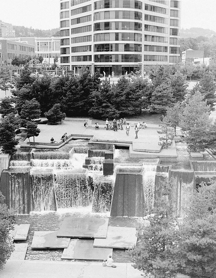 Keller Fountain Park in Portland, Oregon. - Sheet2