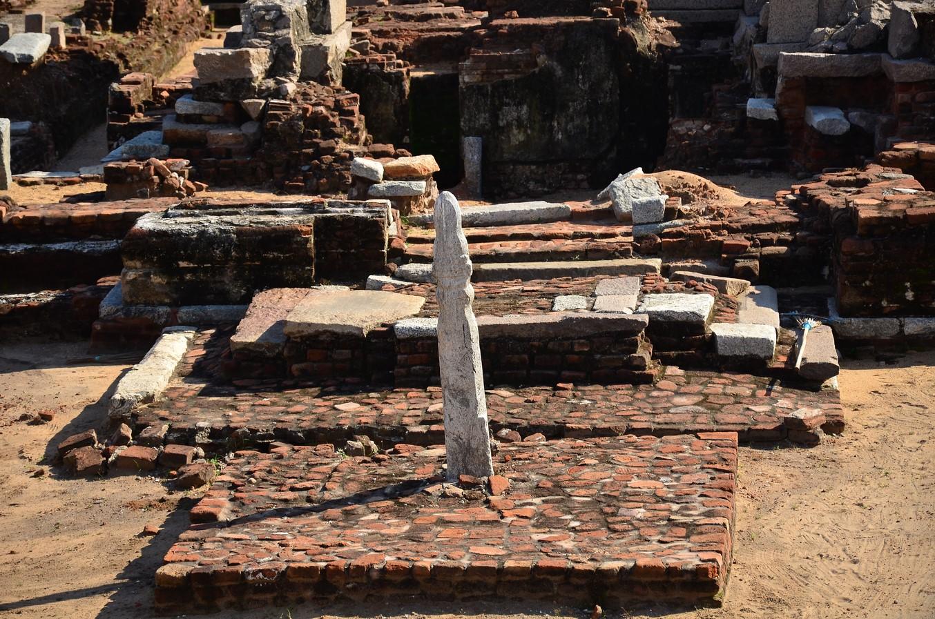 Saluvankuppam Murugan Temple: Oldest Murugan Temple on Earth - Sheet2