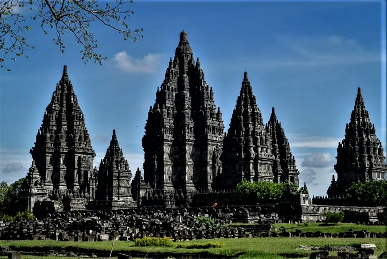 15 Temples every Architect must visit in Indonesia - Sheet1