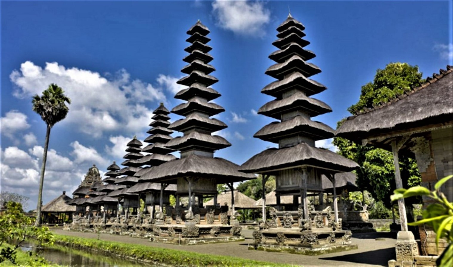 15 Temples every Architect must visit in Indonesia - Sheet13