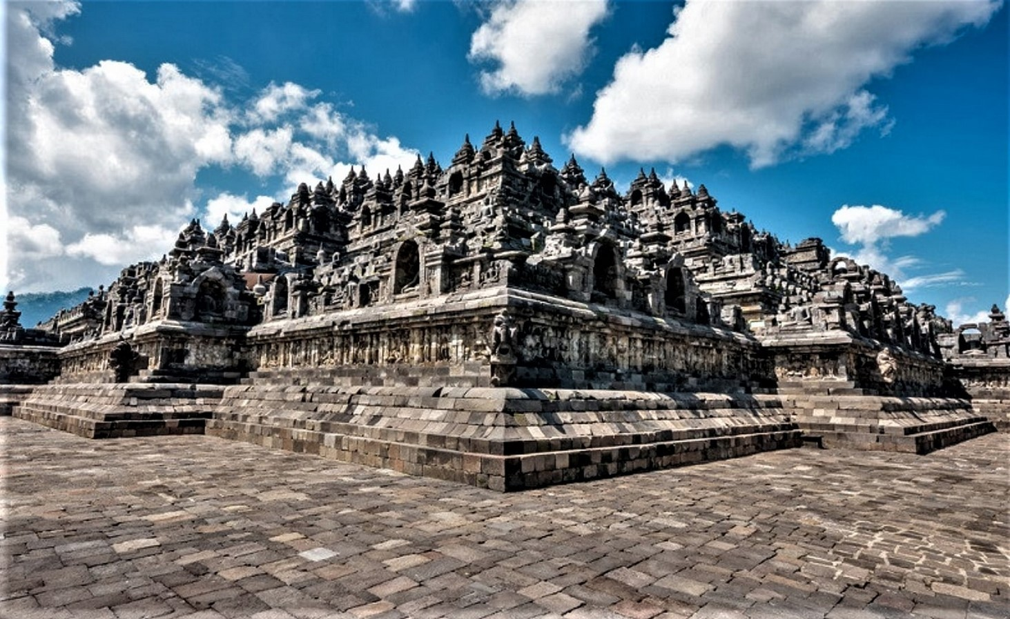 15 Temples every Architect must visit in Indonesia - Sheet2