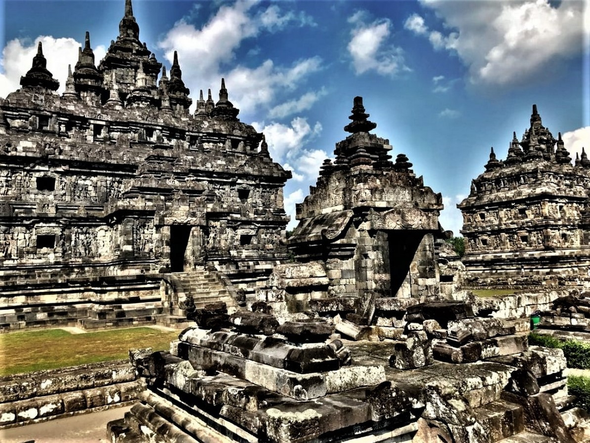 15 Temples every Architect must visit in Indonesia - Sheet5
