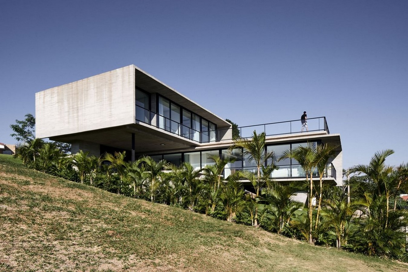 50 Examples of Modern concrete homes - Sheet12
