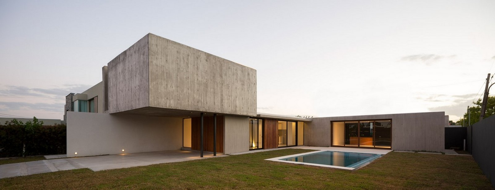 50 Examples of Modern concrete homes - Sheet23