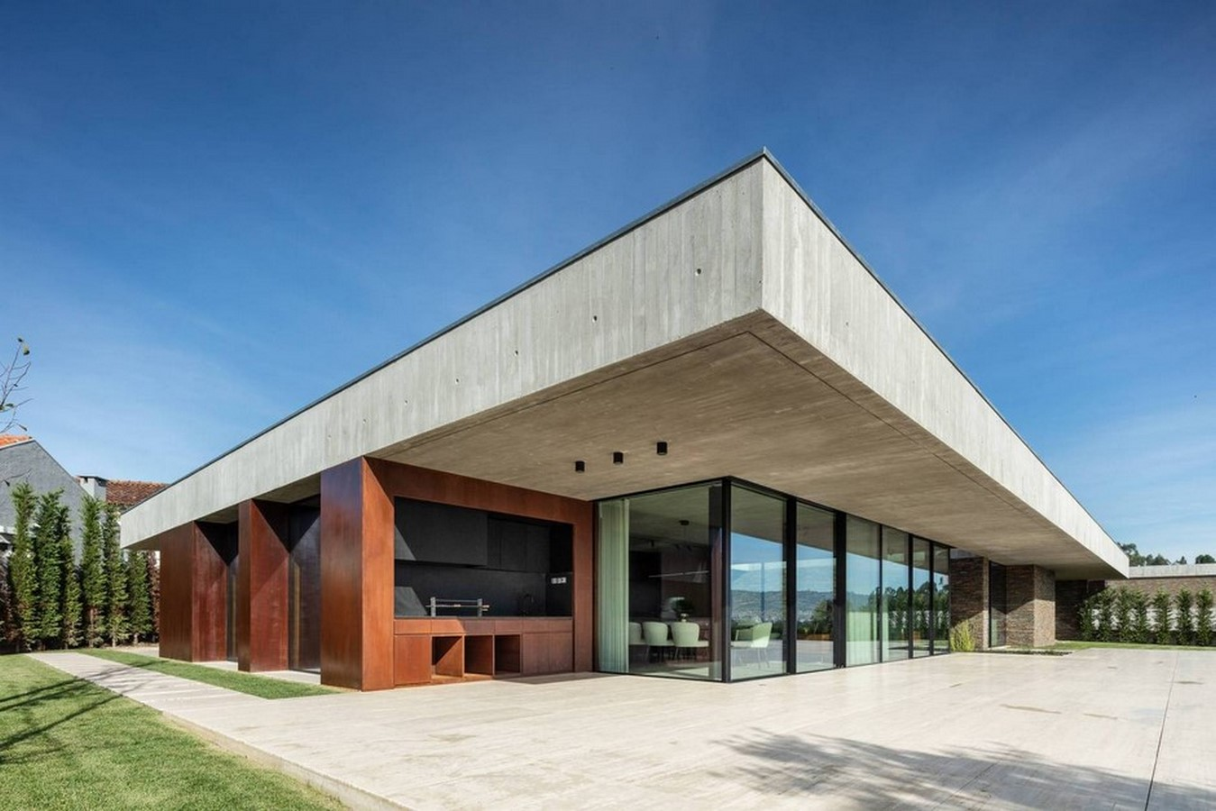 50 Examples of Modern concrete homes - Sheet26