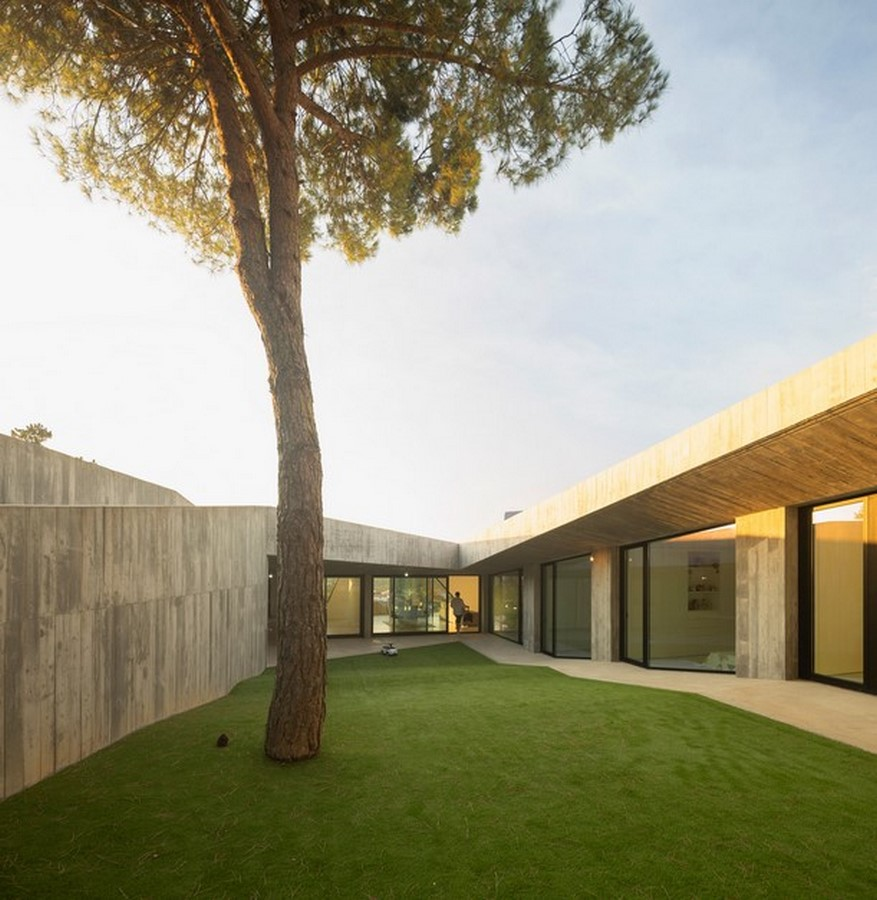 50 Examples of Modern concrete homes - Sheet7