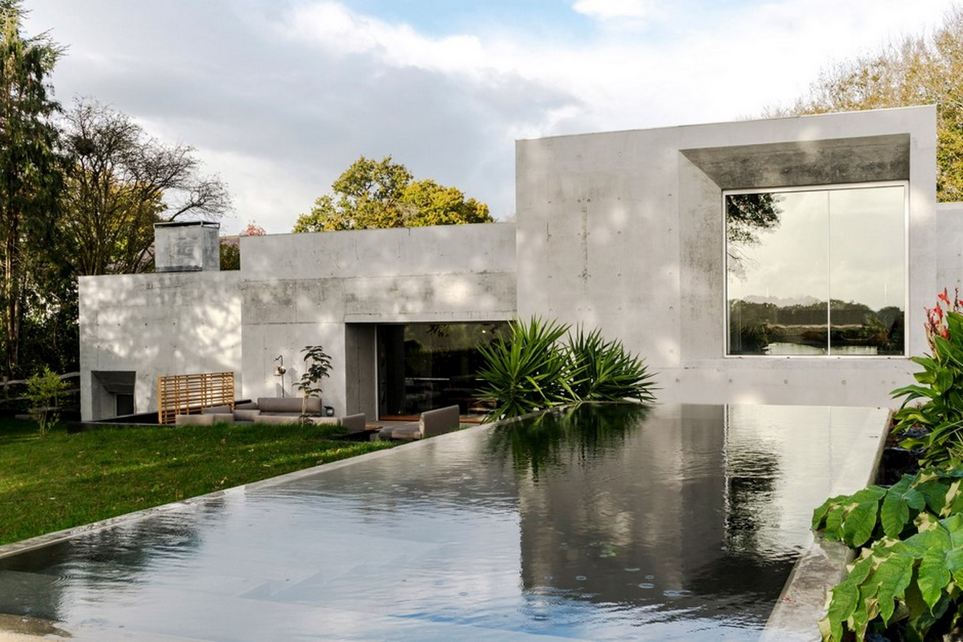 50 Examples of Modern concrete homes - Sheet8