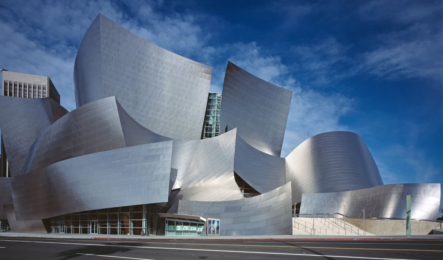 Interviews with Architects: Frank Gehry Interview: Jump Into the Unknown - Sheet1