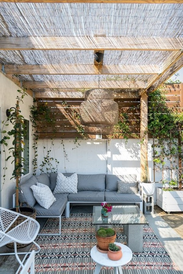 10 Tips to renovating your Balcony - Sheet10