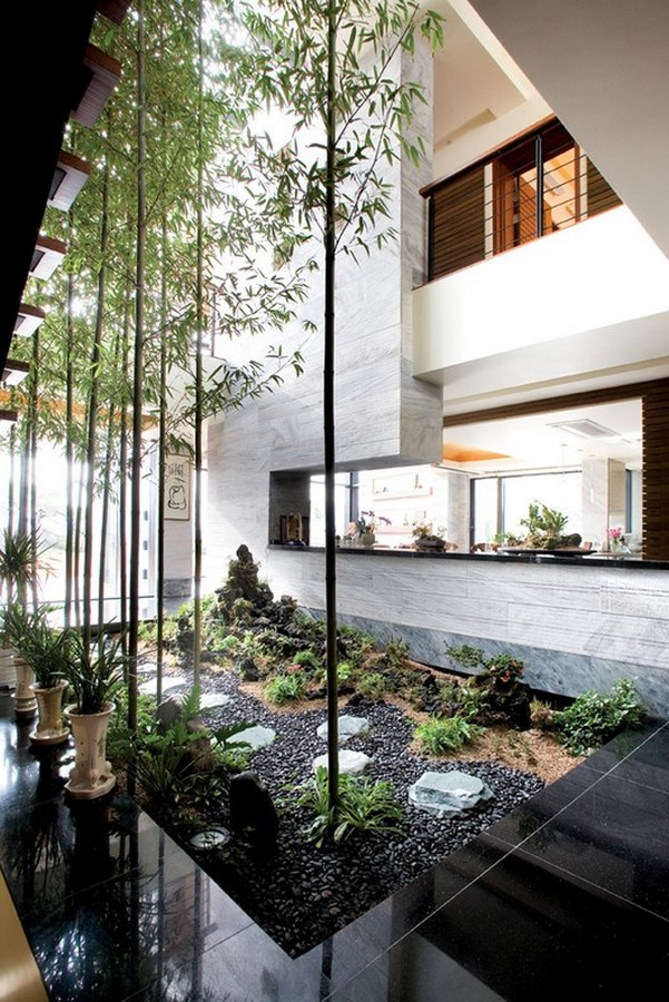 20 Examples of home with beautiful central atriums - Sheet5