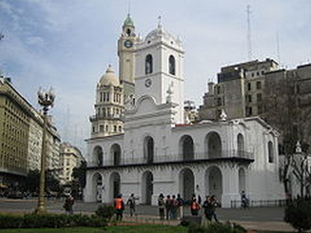 10 Things you did not know about Plaza de Mayo - Sheet7