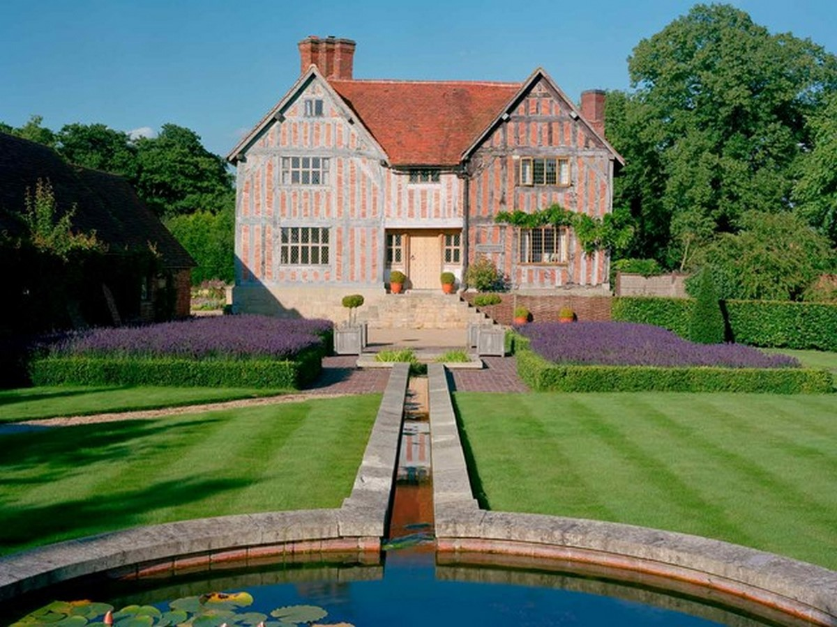 10 Things you did not know about Tudor architecture - Sheet4