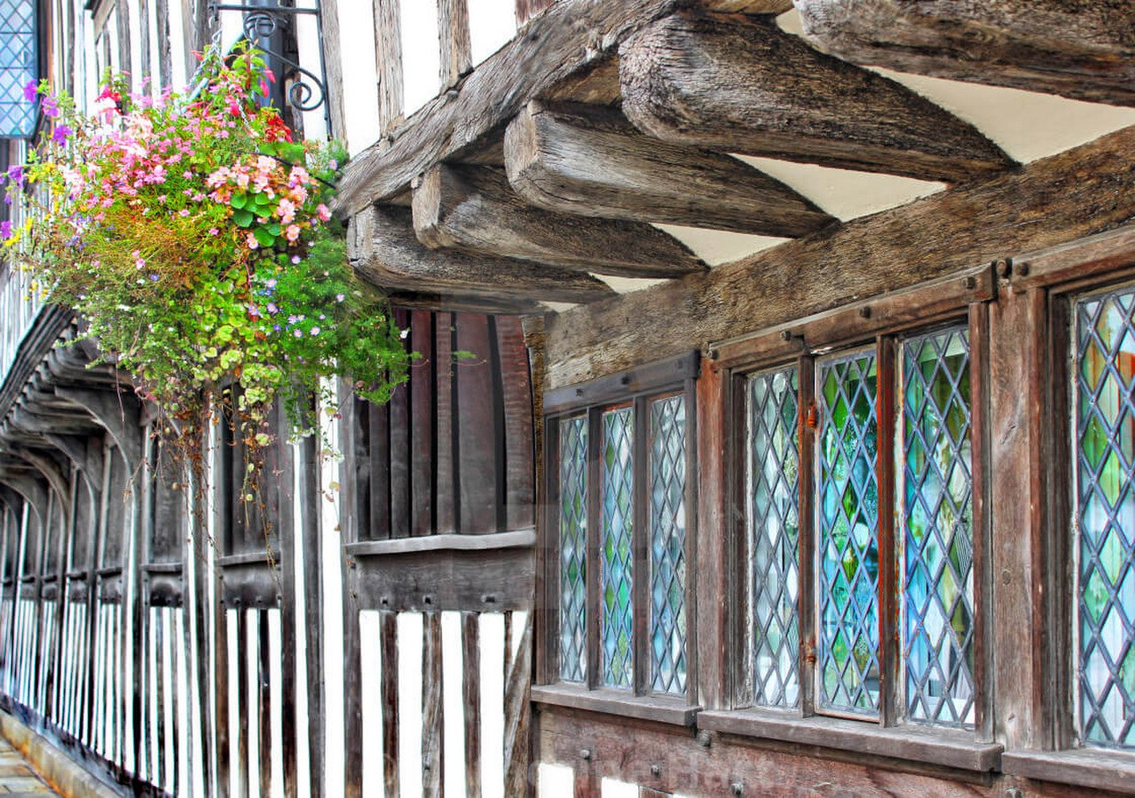 10 Things you did not know about Tudor architecture - Sheet6