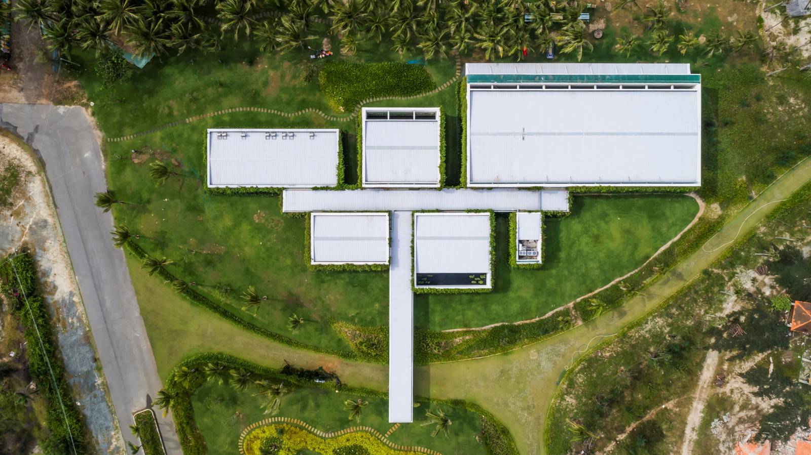 Six Landscape Boxes Form This Gallery And Showroom In Vietnam designed by MIA Design Studio - Sheet4