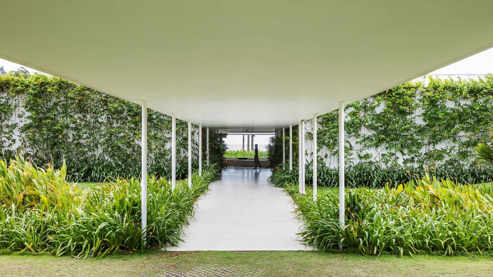 Six Landscape Boxes Form This Gallery And Showroom In Vietnam designed by MIA Design Studio - Sheet6